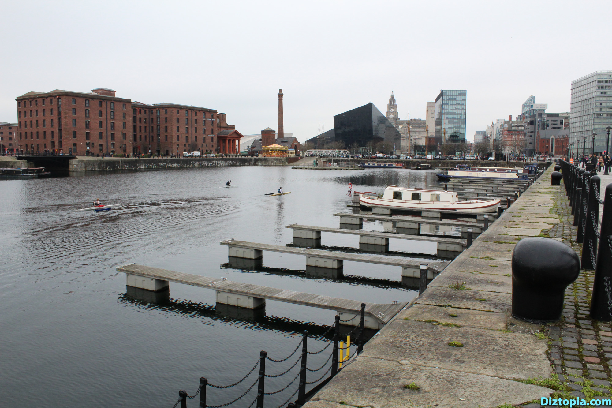 Liverpool-City-UK-Diztopia-Dizma-Dahl-Photography-2017-02-Albert-Dock-Queens-Wapping-Salthouse-Canning-Coburg-Dukes