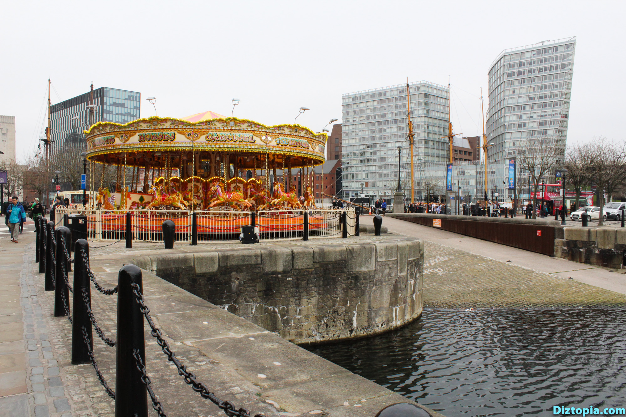 Liverpool-City-UK-Diztopia-Dizma-Dahl-Photography-2017-06-Albert-Dock-Queens-Wapping-Salthouse-Canning-Coburg-Dukes