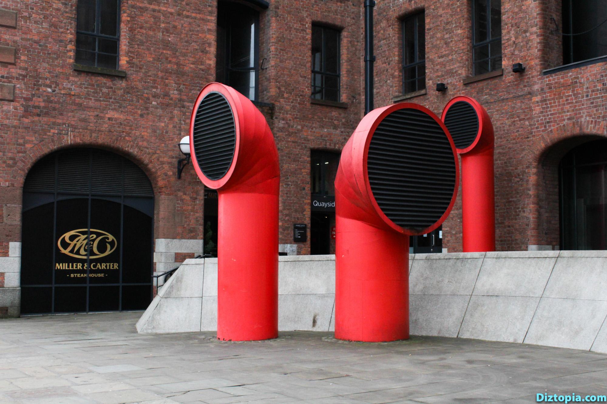 Liverpool-City-UK-Diztopia-Dizma-Dahl-Photography-2017-23-Albert-Dock-Queens-Wapping-Salthouse-Canning-Coburg-Dukes