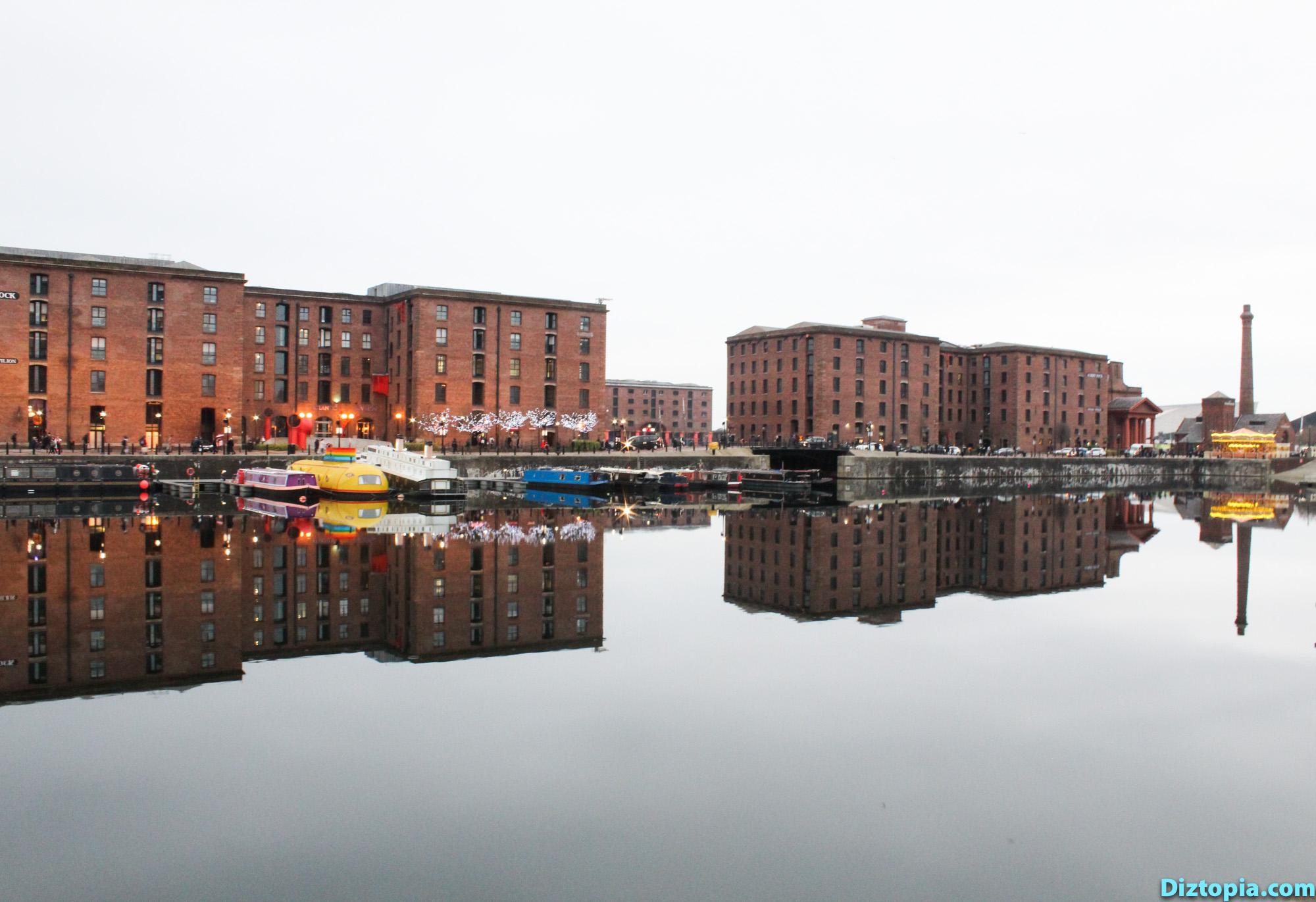 Liverpool-City-UK-Diztopia-Dizma-Dahl-Photography-2017-32-Albert-Dock-Queens-Wapping-Salthouse-Canning-Coburg-Dukes