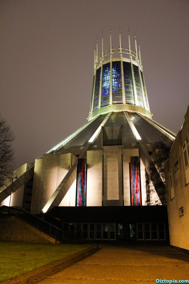 Liverpool-City-UK-Diztopia-Dizma-Dahl-Photography-2017-41-Centre-Heart-Night-Metropolitan-Cathedral
