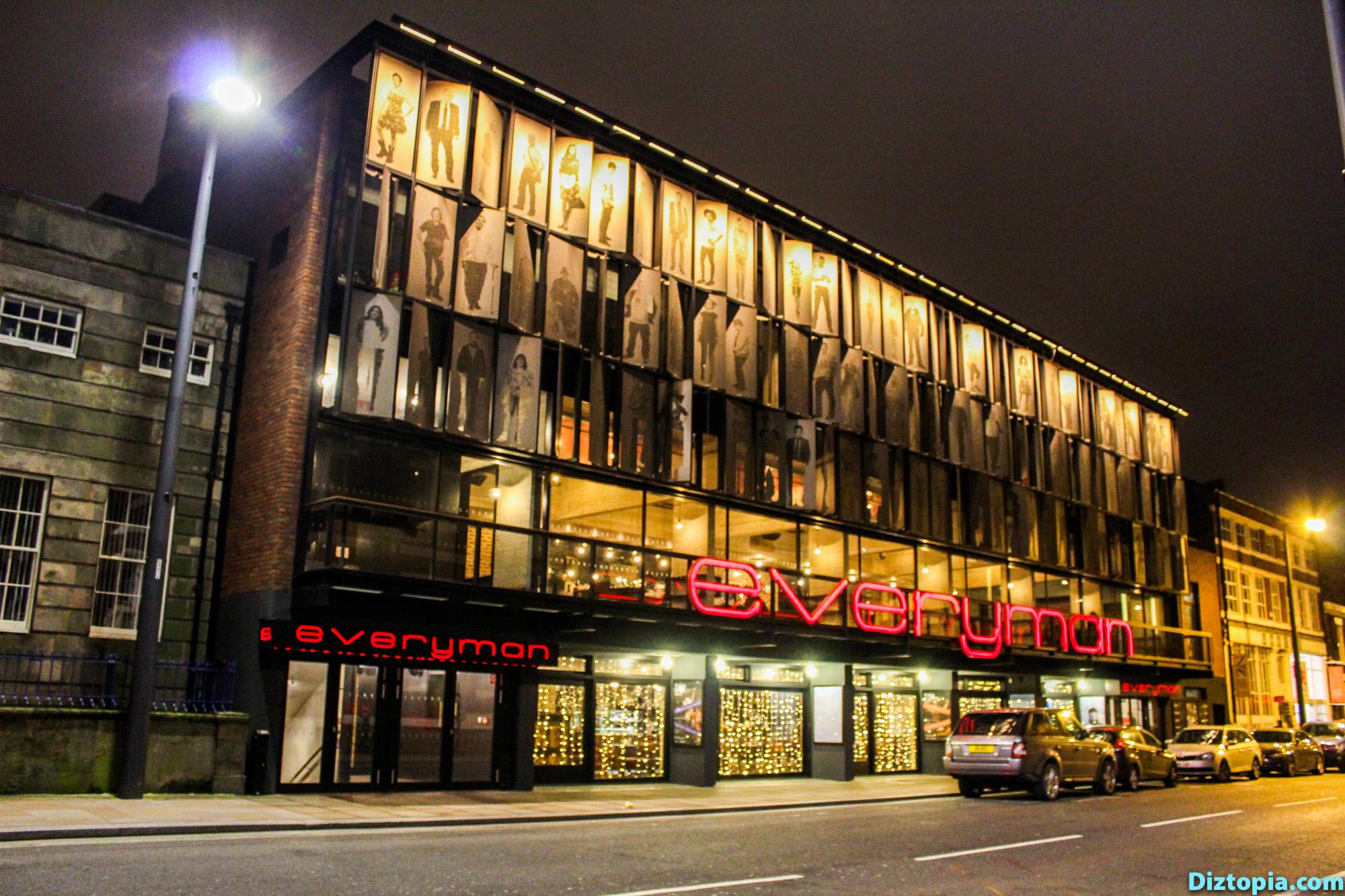 Liverpool-City-UK-Diztopia-Dizma-Dahl-Photography-2017-43-Centre-Heart-Night-Everyman-Theatre