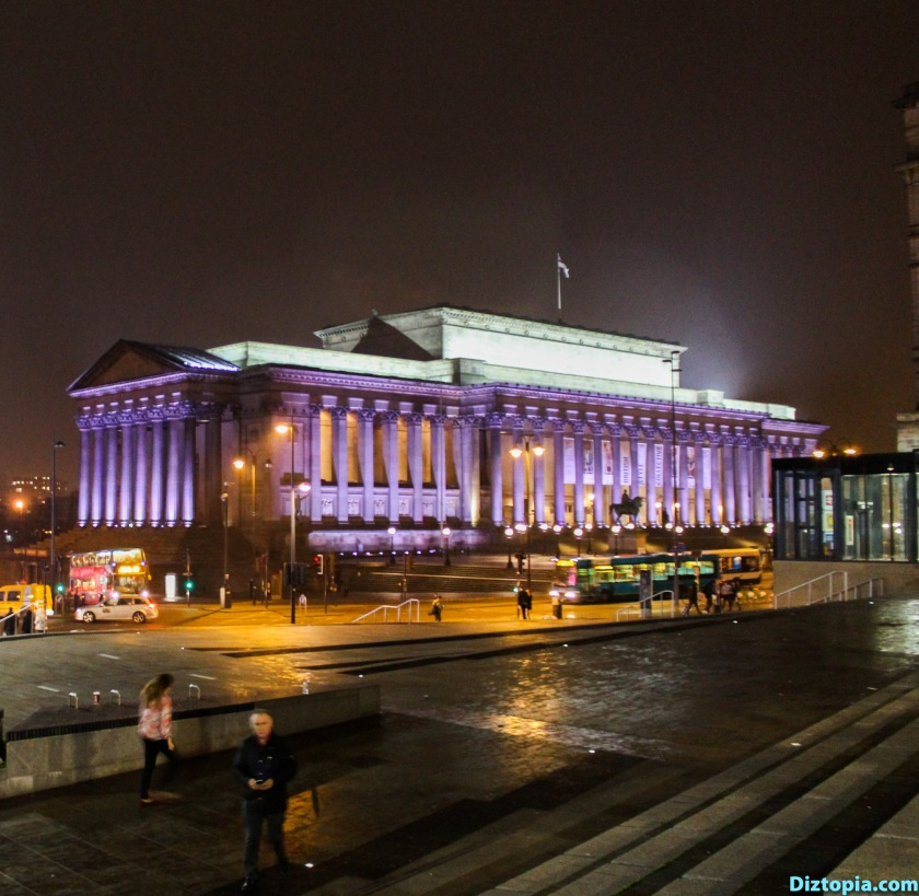 Liverpool-City-UK-Diztopia-Dizma-Dahl-Photography-2017-47-Centre-Heart-Night-St-Georges-Hall