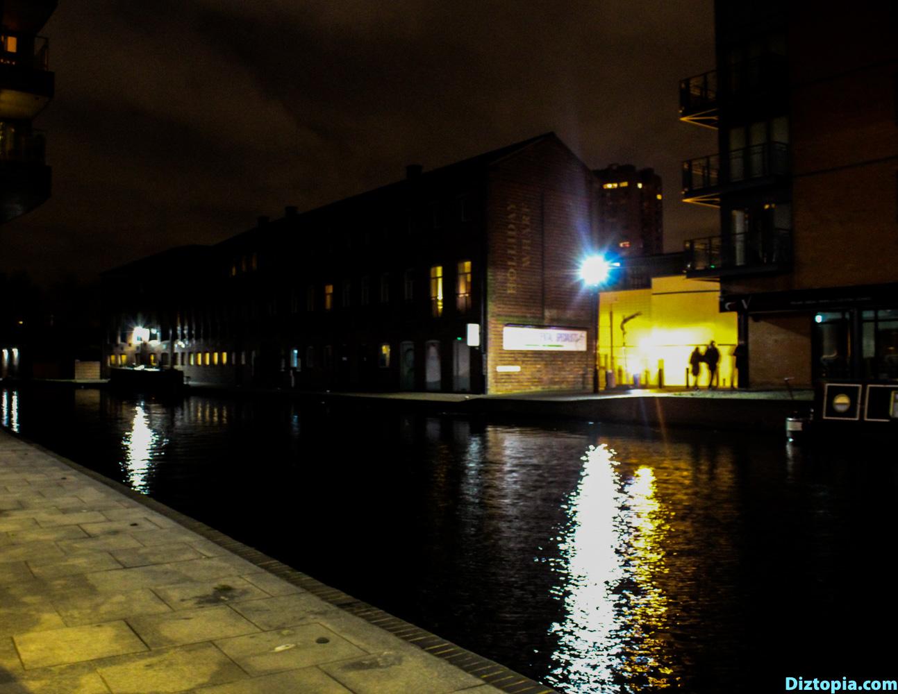 Birmingham-Canal-City-Diztopia-Photography-Night-Dizma-Dahl-China-Town-UK-Blog-16