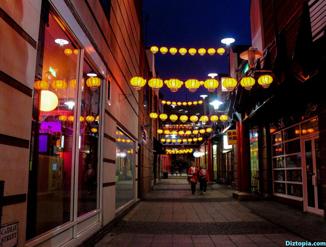 Birmingham-Canal-City-Diztopia-Photography-Night-Dizma-Dahl-China-Town-UK-Blog-4